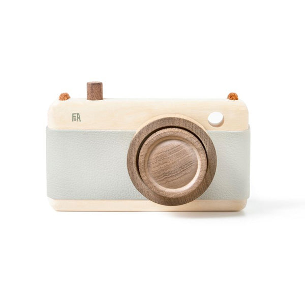 Fanny And Alexander Wooden Zoom Camera - Breeze