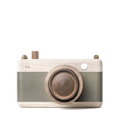 Fanny And Alexander Wooden Zoom Camera – Fern Frond Green