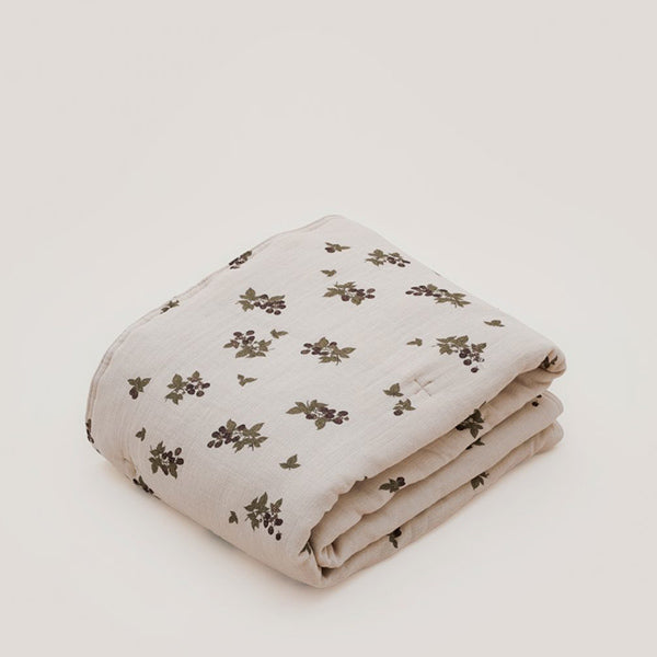 Garbo&Friends Filled Muslin Quilt - Blackberry