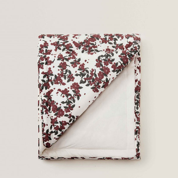 Garbo and Friends Filled Blanket – Cherrie Blossom