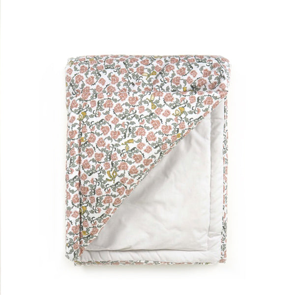 Garbo and Friends Filled Blanket – Floral Vine