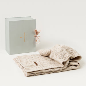 Garbo and Friends Knots Wool Blanket – Sand