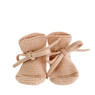 Hvid Knitted Booties – Apricot