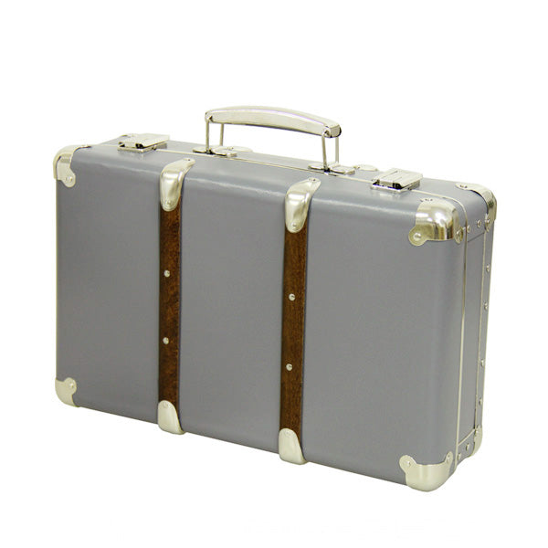 Kazeto Riveted Suitcase - Grey