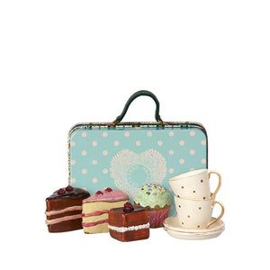 Maileg Suitcase w. Cakes & Tableware for 2