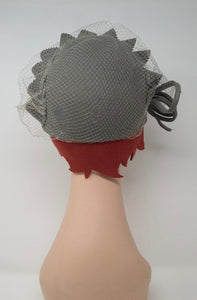 True vintage cap with veil