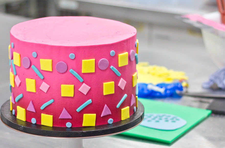 Excellent Creating An Epic 90S Themed Bespoke Birthday Cake Design For Zoe Personalised Birthday Cards Veneteletsinfo