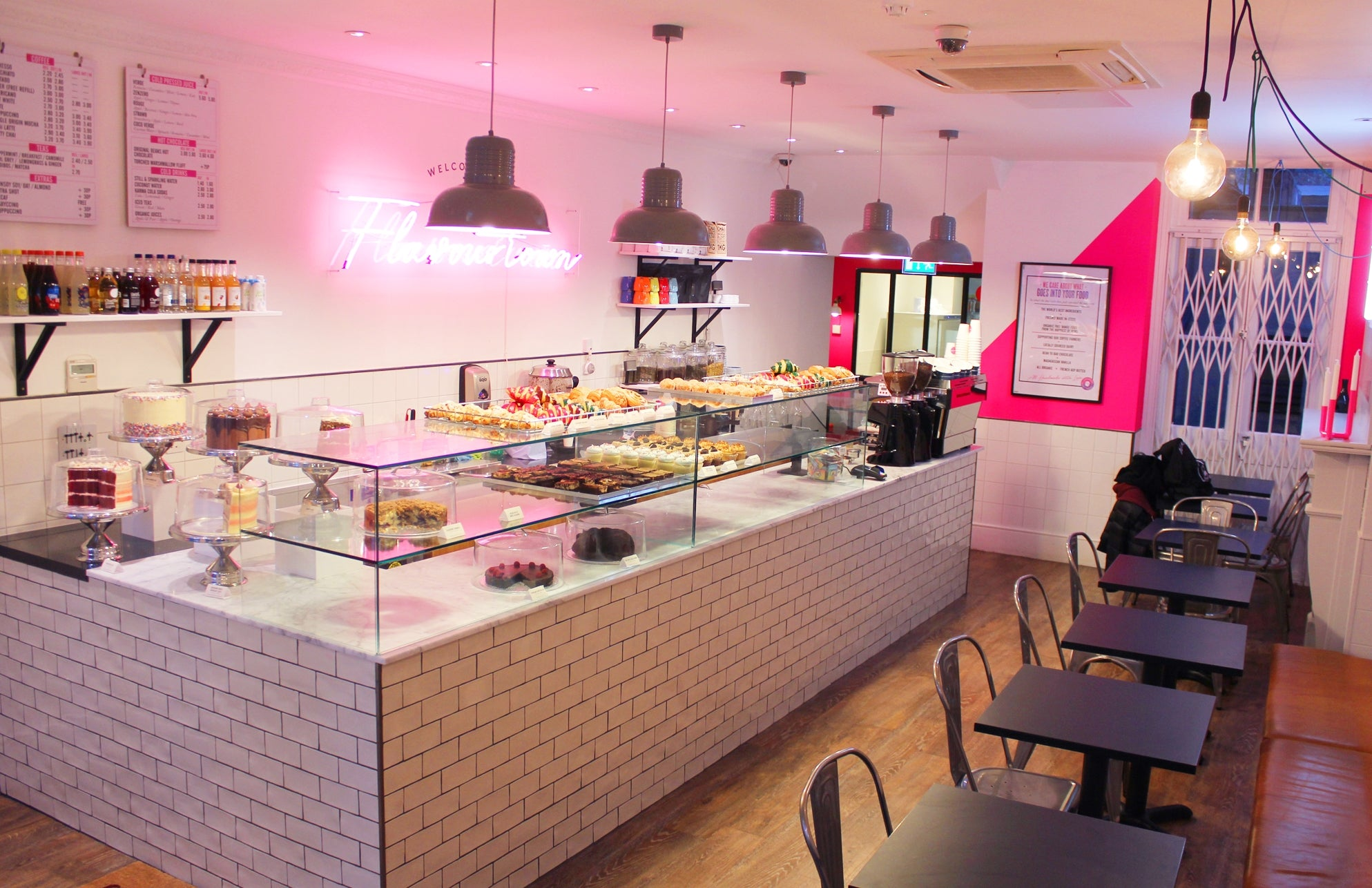 Flavourtown Bakery In Fulham Cupcakes London