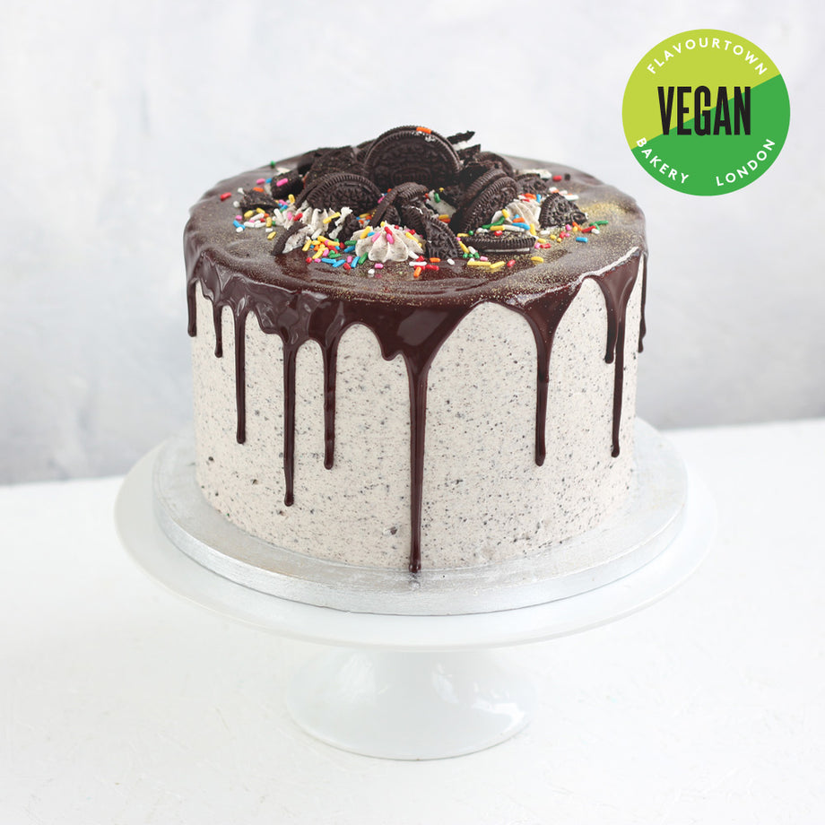 Vegan Cookies Cream Cake