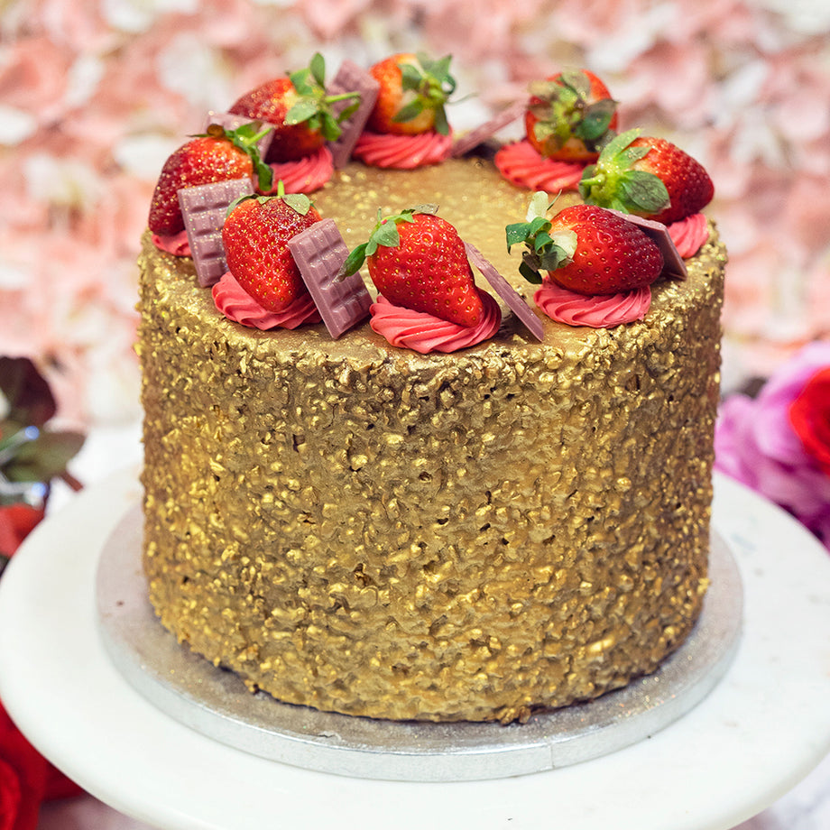 Strawberry Ferrero Posher Cake