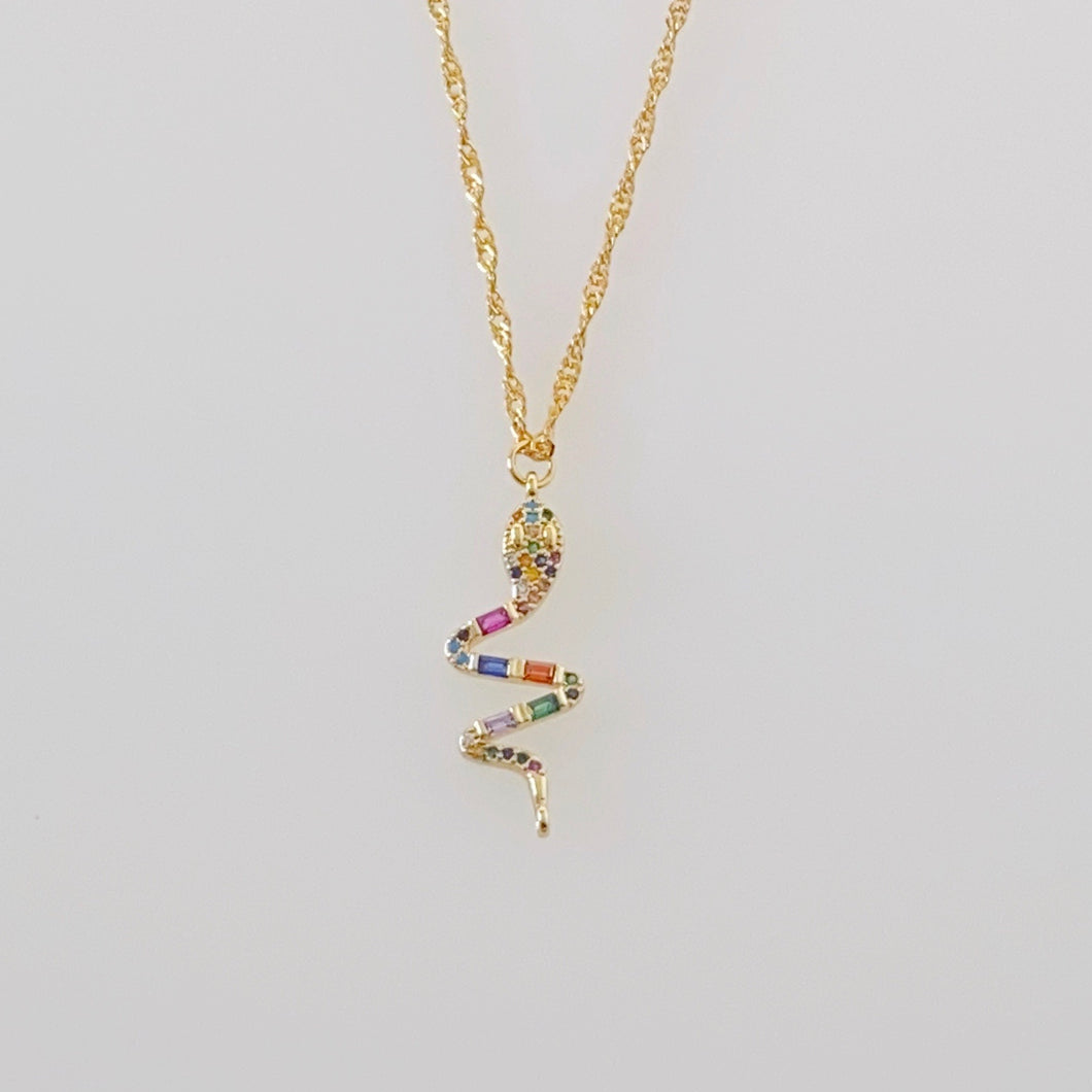 CALOBRA NECKLACE