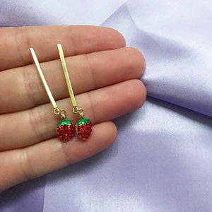 STRAWB DROP NECKLACE