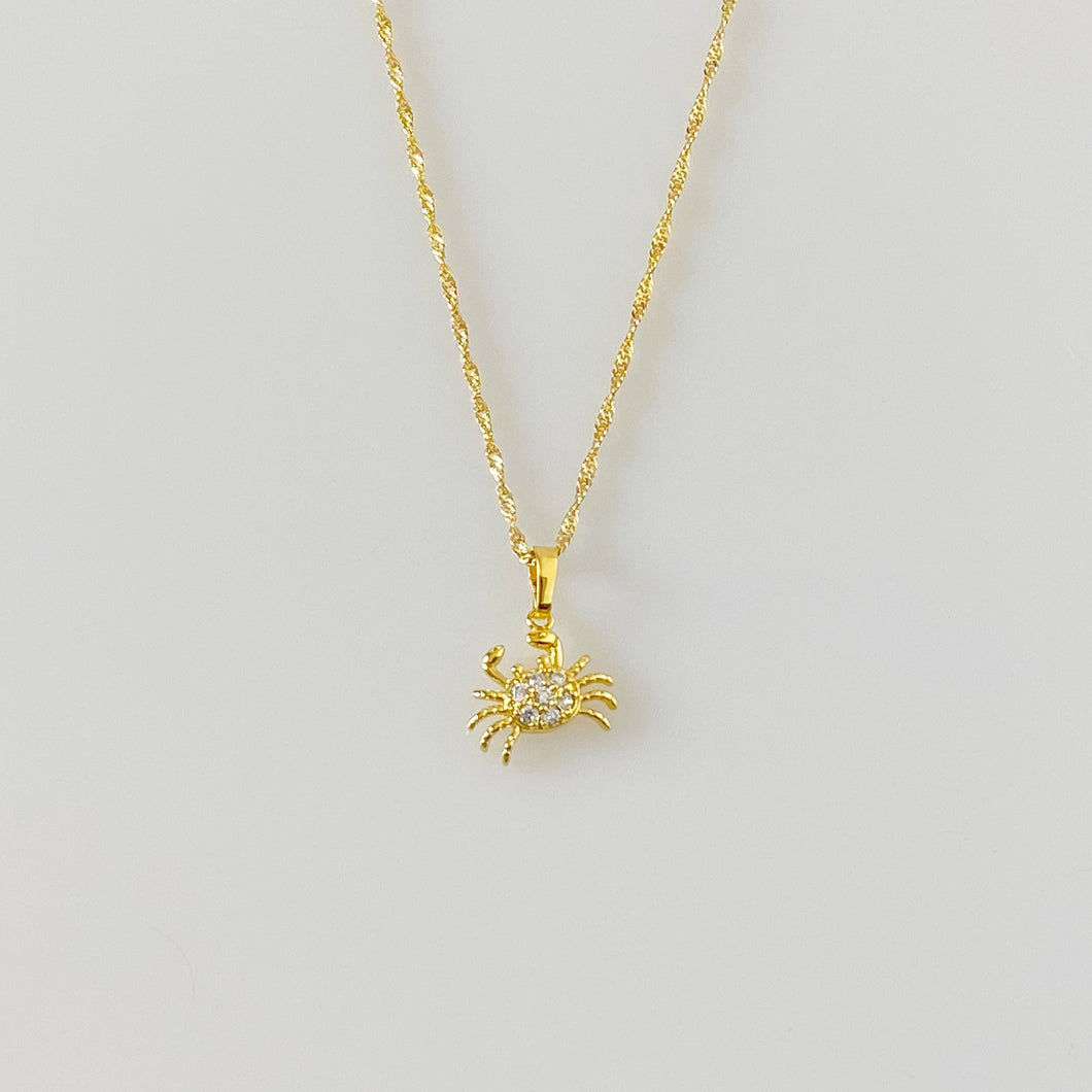 DAINTY CRAB NECKLACE