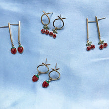 Load image into Gallery viewer, STRAWB 'o' EARRINGS