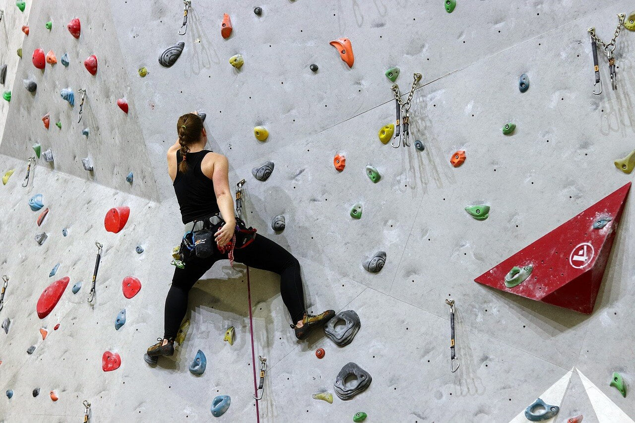 Lead climbing in the gym