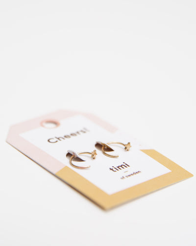 Pull Through Earrings with Star - Broke + Schön