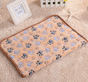 Warm Paw Printed Dog Blanket Bed