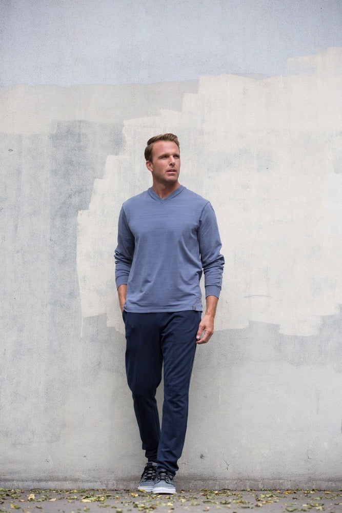 Thaddeus VINN Long Sleeve Solid V Neck
