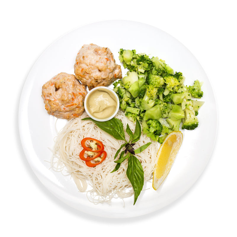 Turkey Meat Balls with Zucchini Brown Rice Vermicelli and Spicy Almond Sauce *Contains Nuts