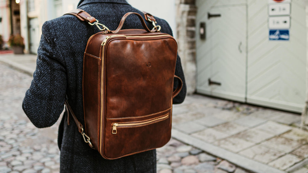 10 Leather Laptop Travel Bag from Von Baer