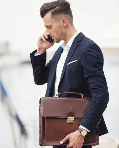 How Newly Qualified Lawyers Can Dress To Impress