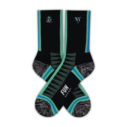 Women's Verticle Stripe Athletic Socks - Fun Socks