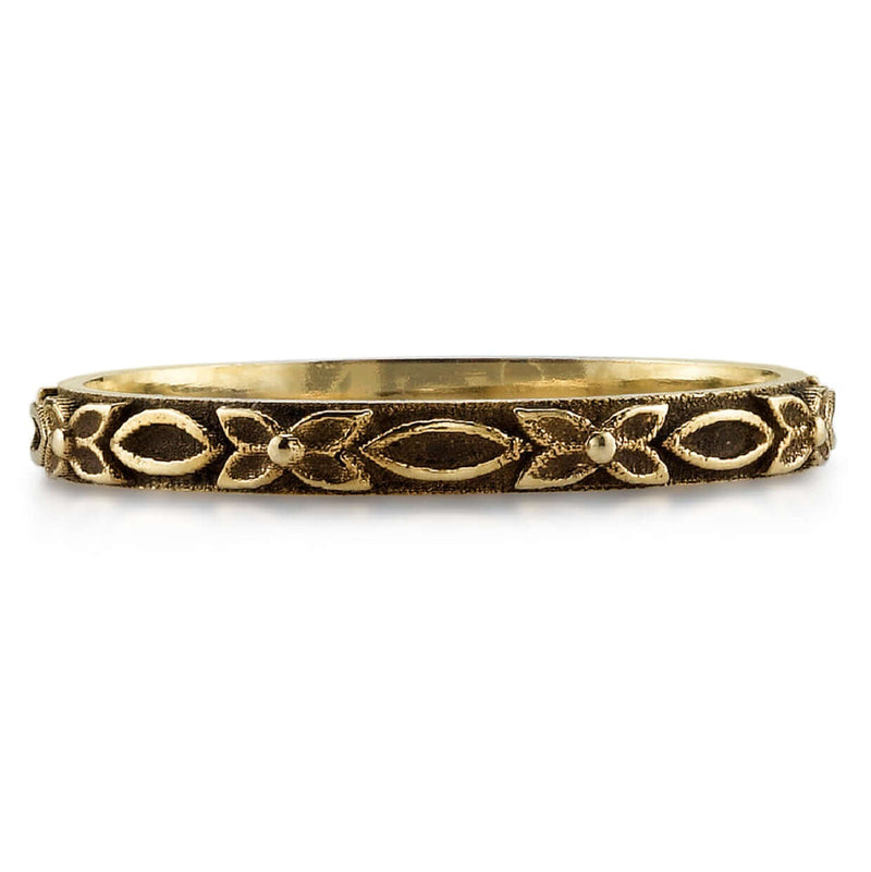 HANDCRAFTED OXIDIZED 18K CHAMPAGNE GOLD LADIES' BAND WITH FLORAL DETAIL | SINGLE STONE
