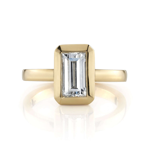1.27CT RECTANGULAR STEP CUT DIAMOND NORTH-SOUTH SET IN AN 18K YELLOW GOLD RING | SINGLE STONE