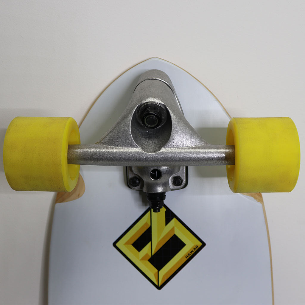 Speedy surf skateboard by Focus