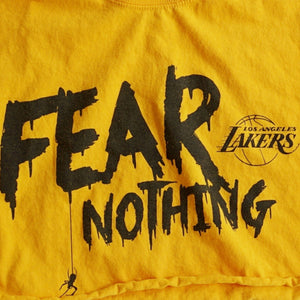 VINTAGE FEAR NOTHING LAKERS CROP TEE