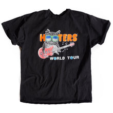 VINTAGE HOOTERS WORLD TOUR TEE