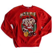 VINTAGE 90'S MISTLETOE MAGIC MICKEY & MINNIE CREWNECK