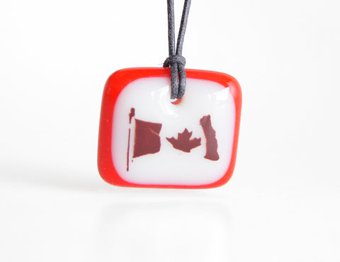 Canada Flag Necklace - Wholesale
