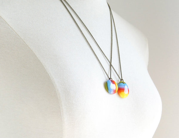 oval rainbow stripe pendant necklace