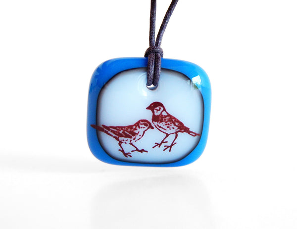 Sparrow Necklace in royal blue and milk white.