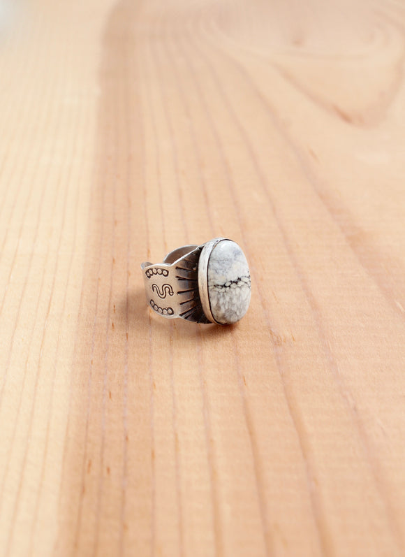 Blanco Cigar Ring