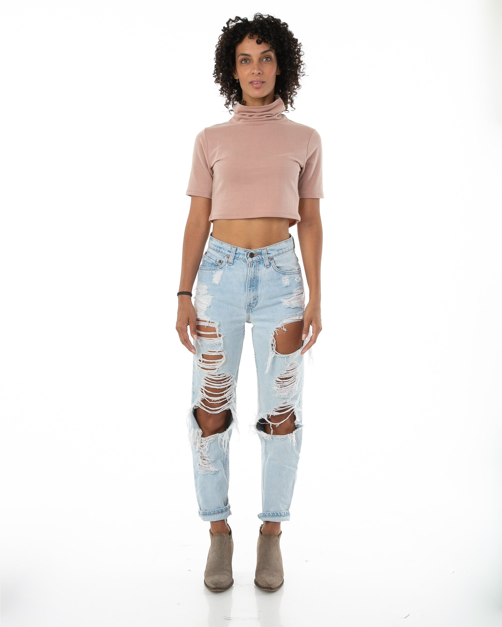 Front of female model wearing Mock Crop in Mauve