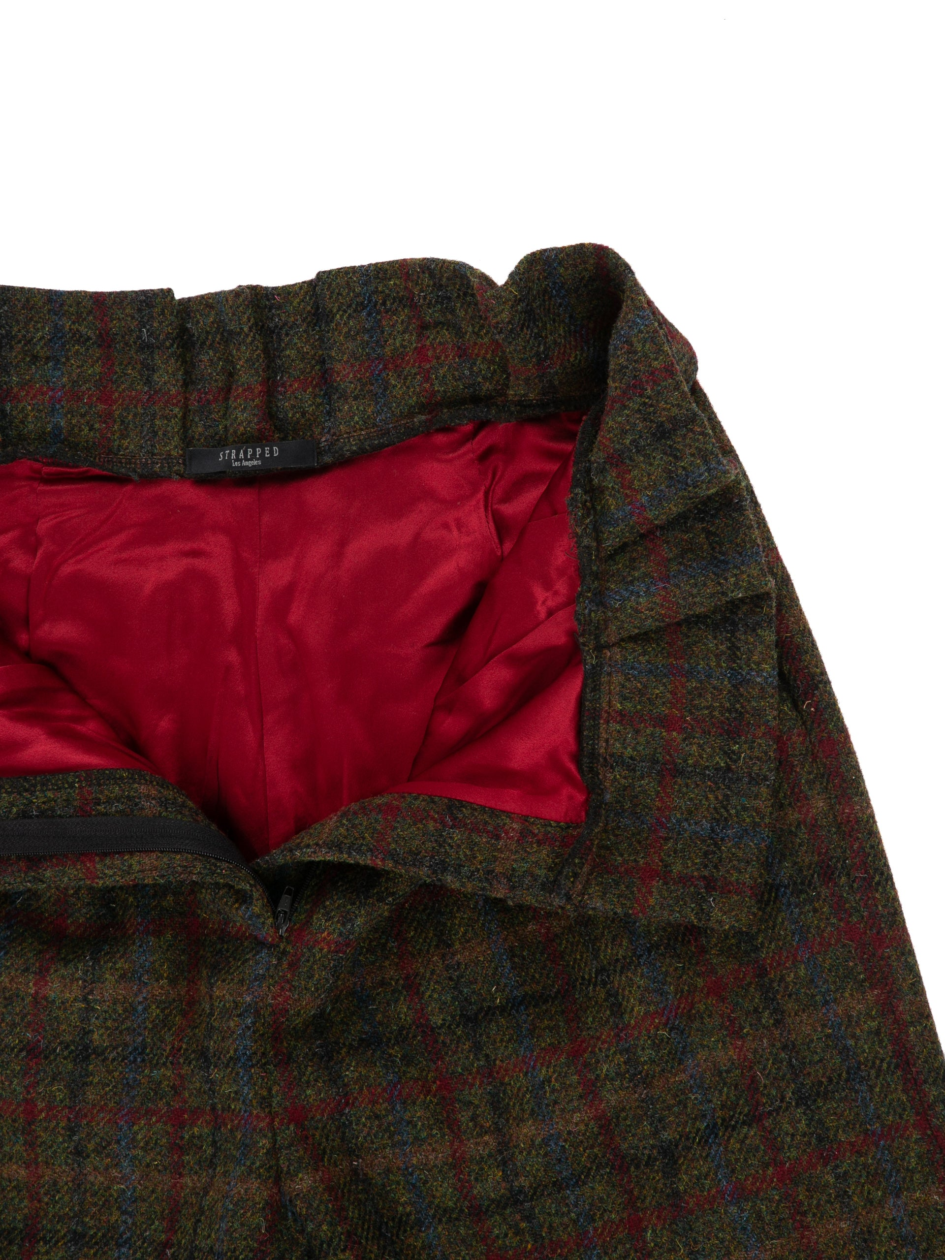 Opened front of Cinch Pant in Forest Plaid