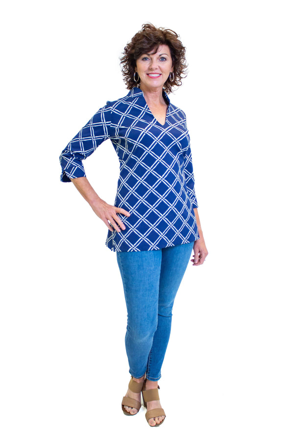Largo Tunic Bamboo Window Pane Navy TOPS VoMax GDMC LLC