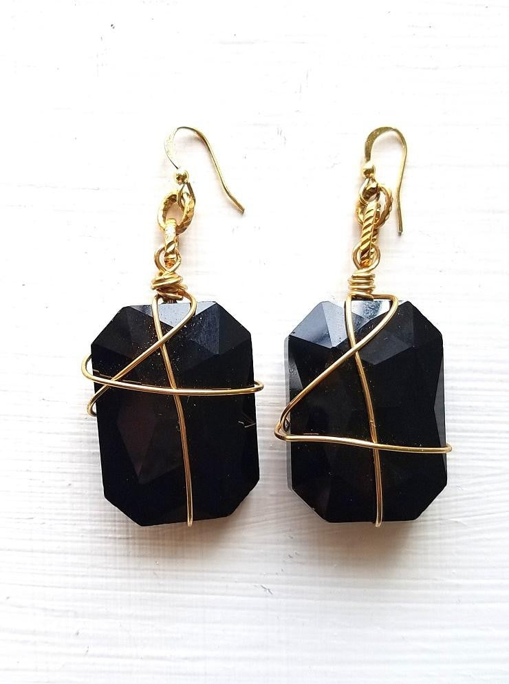 BRI-Black Glass Wire Wrapped Stone