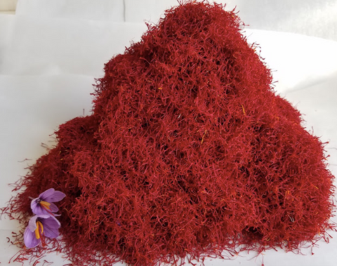 pile of dried saffron