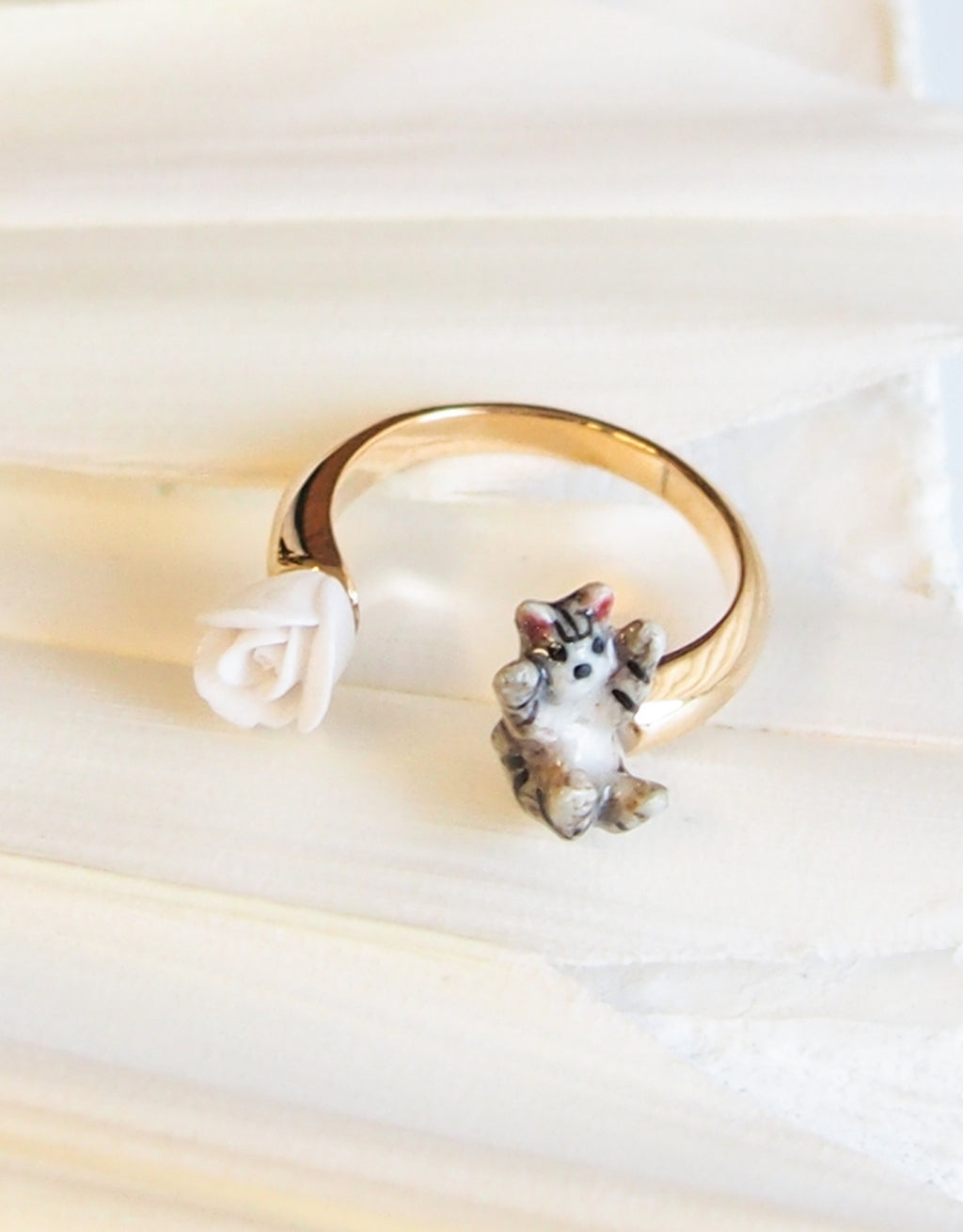 Cat and Flower face to face ring