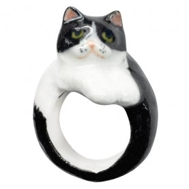 Black and White Persian Cat Ring