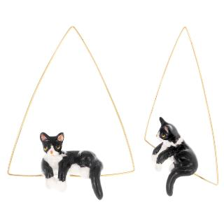Lying Black and White Triangle Hoops Cat earrings
