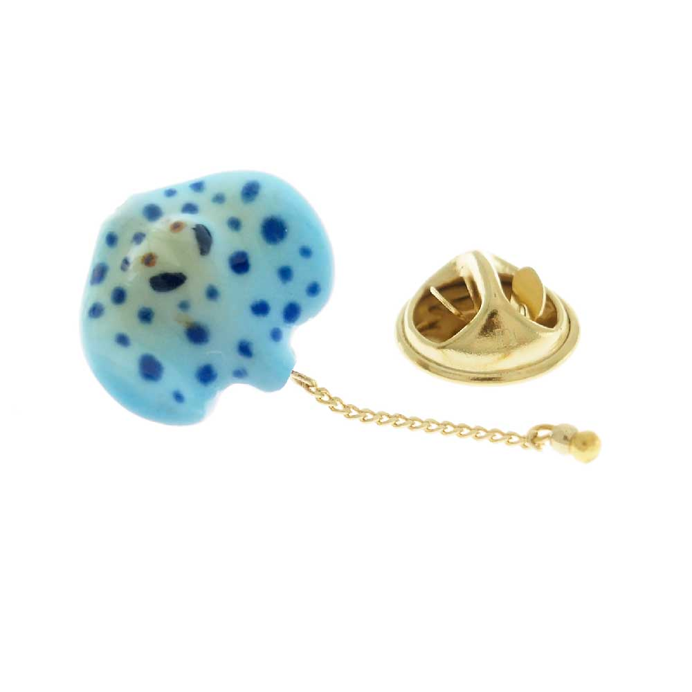 Blue Spotted Ray pin