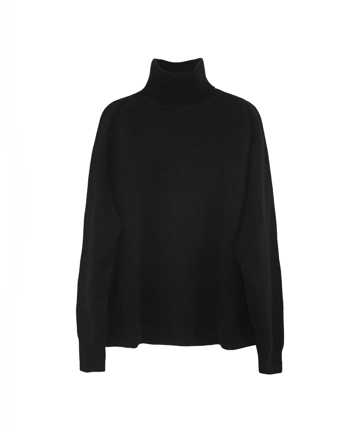 Beautiful chic airy fit cashmere turtleneck in black