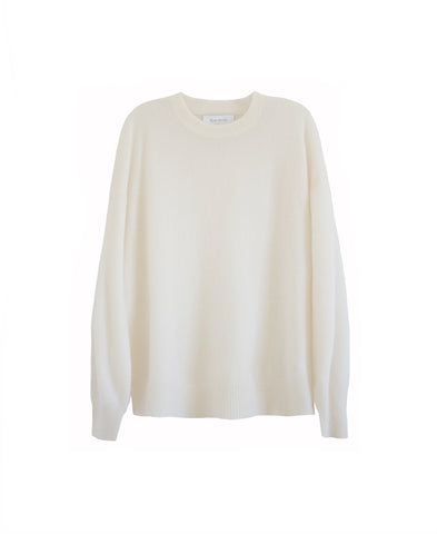 Feather weight, airy cashmere silk crewneck in ivory