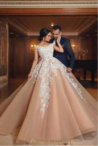 Applique Off Shoulder Cap Sleeves Floor-Length Organza Ball Wedding Gown
