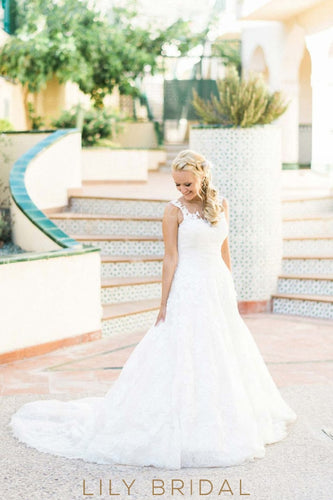 Luxury Lace Illusion Sheer Neck Sleeveless Long Solid Tulle Beach Wedding Dress