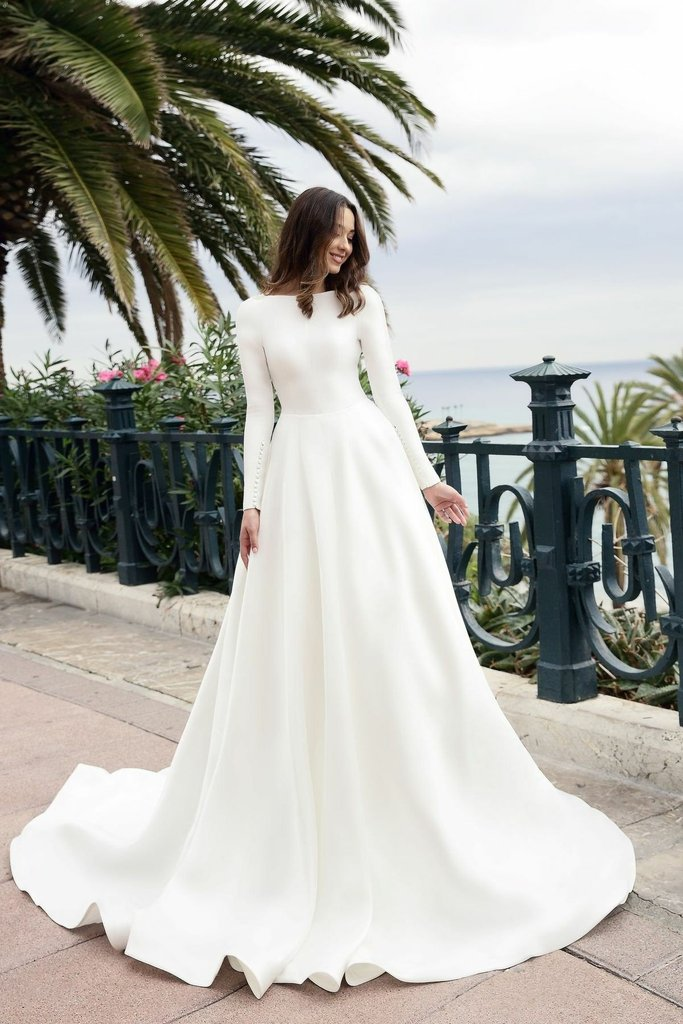 Vintage Bateau Neck Long Sleeves Backless Long Solid Satin Bridal Wedding Dress with Sweep Train